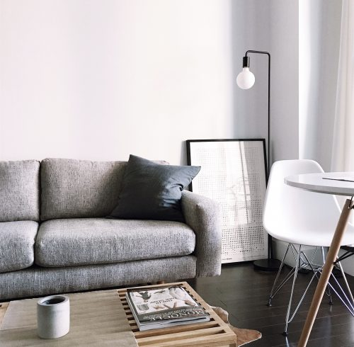 salon-moderne-blanc homestaging j&j properties